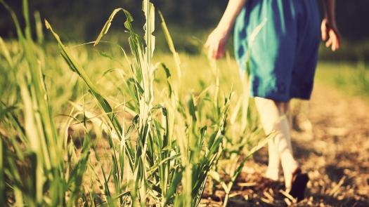 girl-walking-by-peter-miranda.jpg